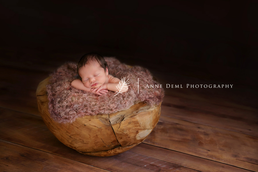 zarte_babybilder_neugeborenenbilder_babyfotograf_muenchen_umland_anne_deml_fotostudio_neugeborenenshooting_baby_geburt_krankenhaus_hebamme_freising_emily_18