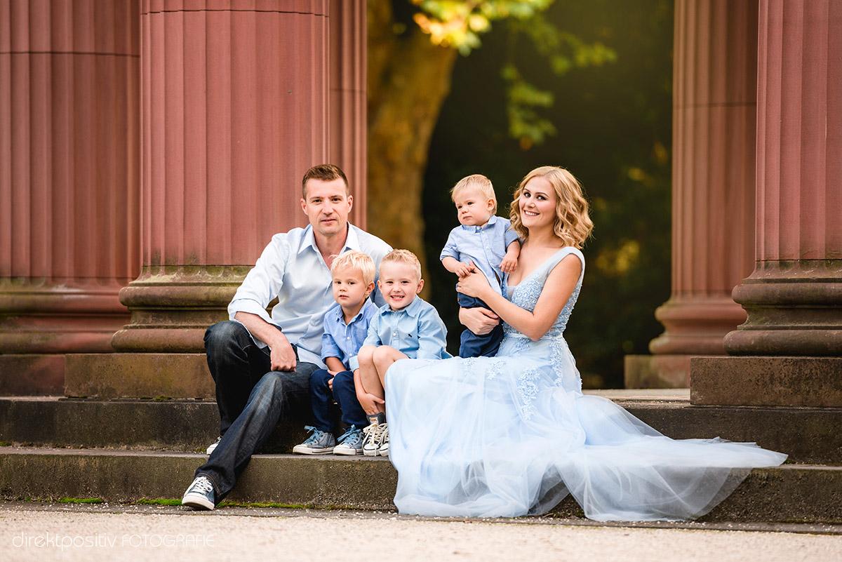 sommerliche familienfotos in bad homburg vereinigung professioneller kinderfotografen. Black Bedroom Furniture Sets. Home Design Ideas