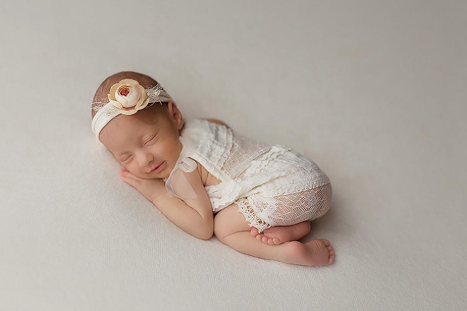 Neugeborenenfotograf-Frankfurt