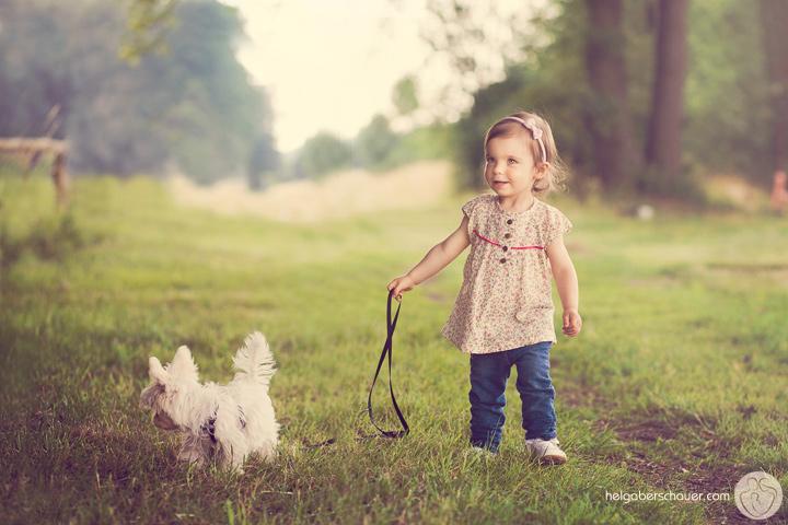 Fotografen Bielefeld natürliche kinderfotografie in versmold jolina und ihr hund