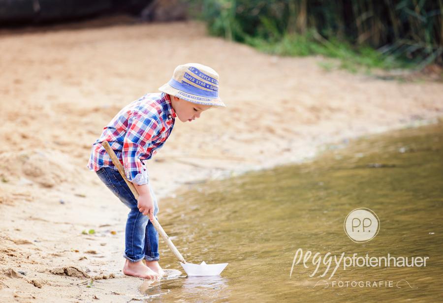 kinderportraits-in-der-natur-bei-bamberg-kinderfotograf-erlangen