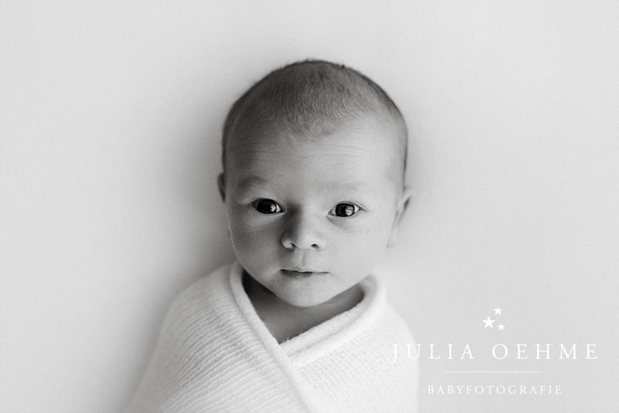 waches baby neugeborenenshooting leipzig julia oehme