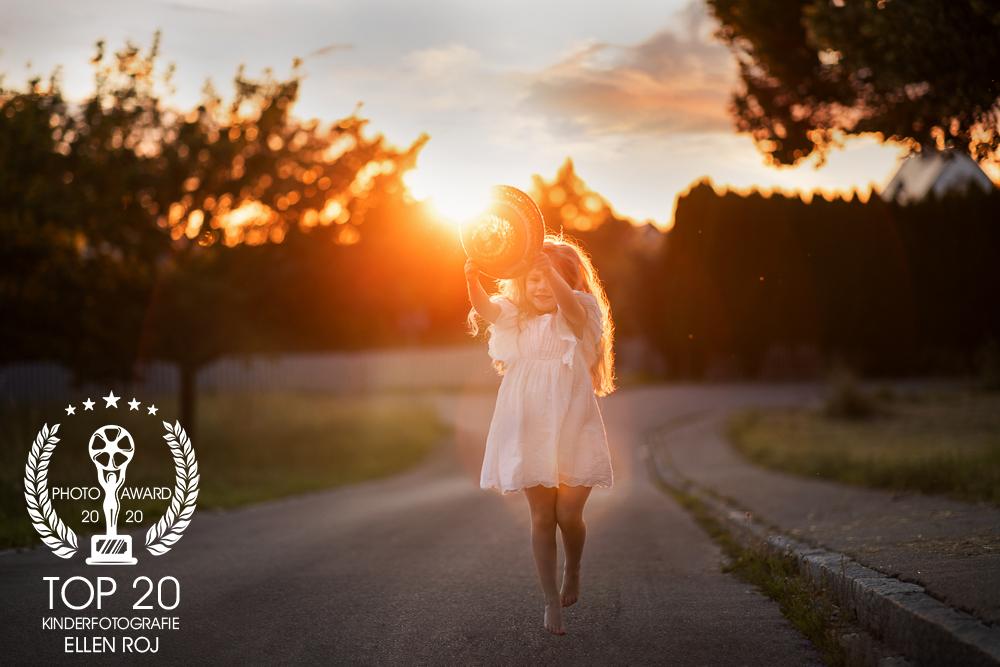Ellen-Roj_Bayerischer-Sonnenuntergang-1-2